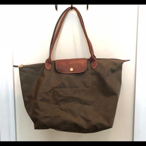 Longchamp Bags   Le Pliage Medium Tote   Poshmark 39a432d802